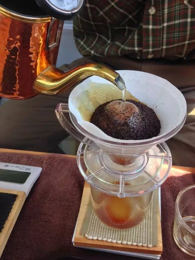 日本最小的咖啡馆,面包车里的工匠精神