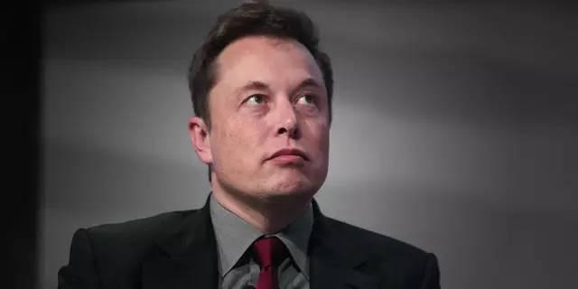 抱歉,马斯克,改变世界仅靠电池是不够的…