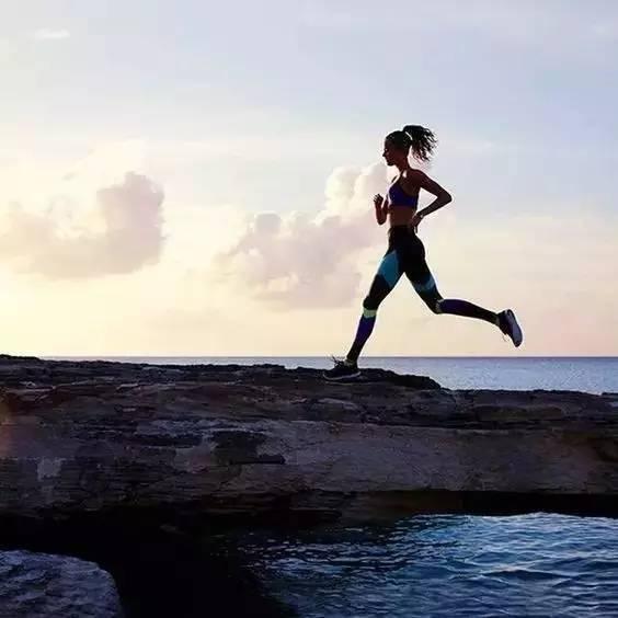 分享   跑步30分钟,身体会发生什么神奇的变化?