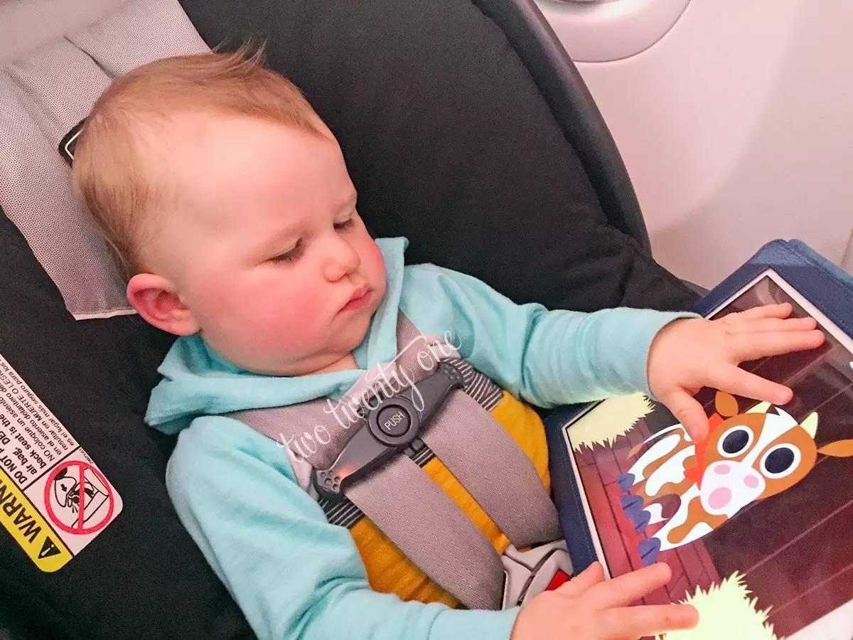 一篇让熊孩子在飞机上不吵闹的出行指南   秒技