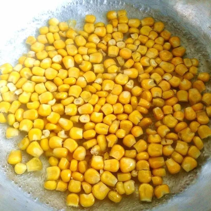 三步即成的奶油火腿玉米浓汤,好香!
