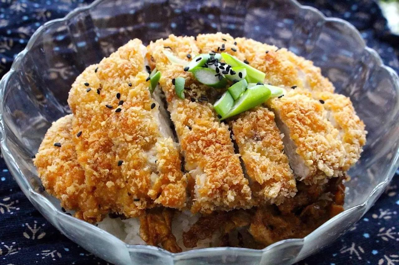 黄金鸡排饭:满口酥脆,快手晚餐选择