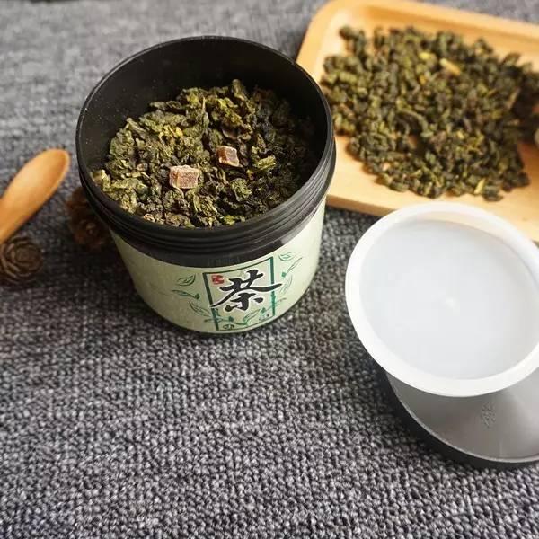 好物 | 蜜桃和乌龙茶相遇,这杯茶真正做到了唇齿留香