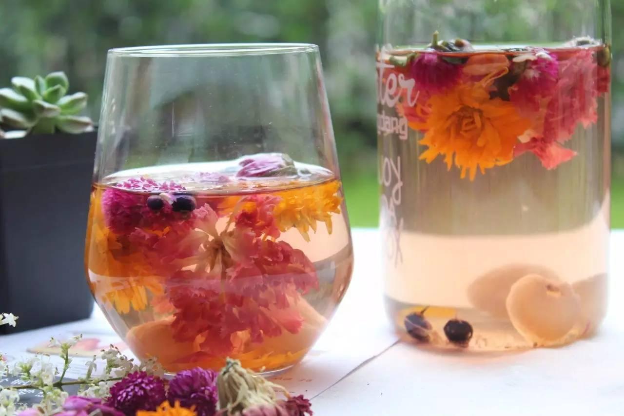 鲜货   日饮一杯这极美的百花茶,滋润过汤羹