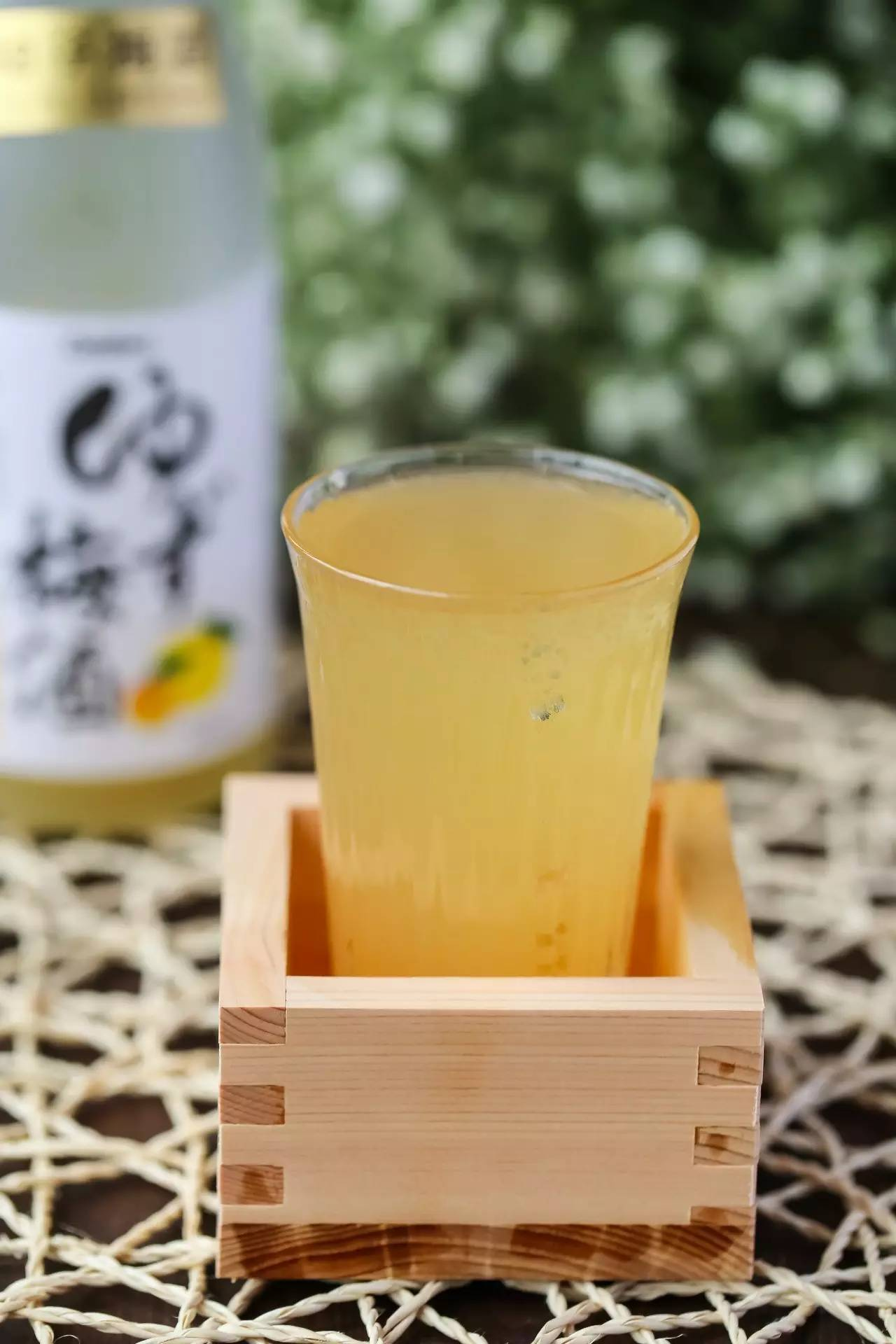 种草 | 爱上这瓶梅酒,满溢柚子的香气,清冽自然