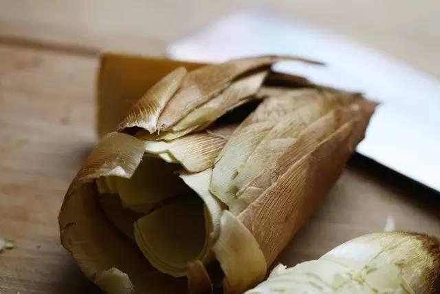 鲜笋的快速剥壳及保存方法