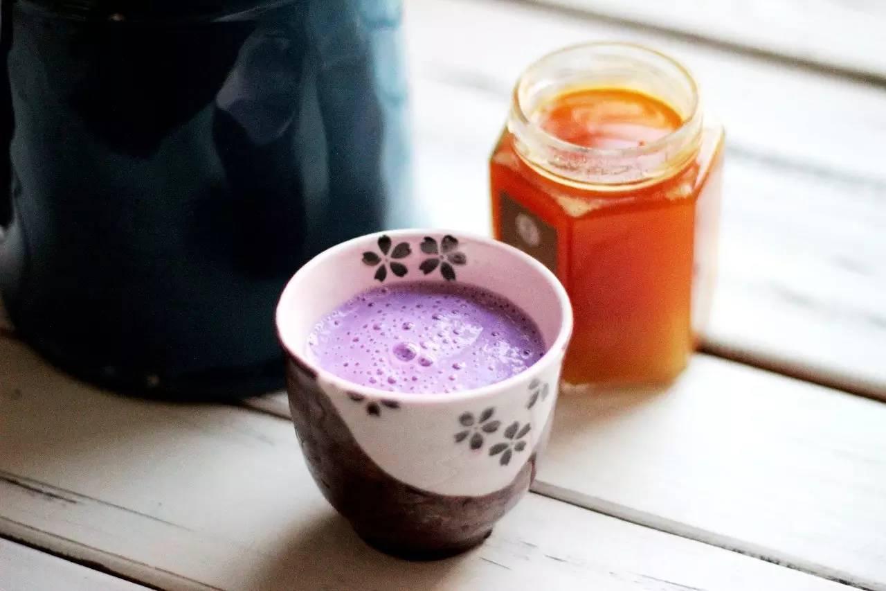 三步即成的紫薯牛奶,甜香又暖人