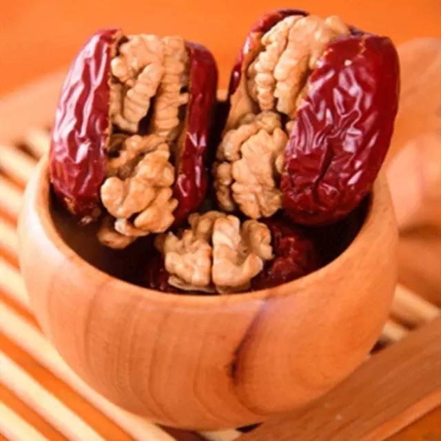 市集鲜货 | 红枣+核桃,爆好吃超营养,完美零食get√