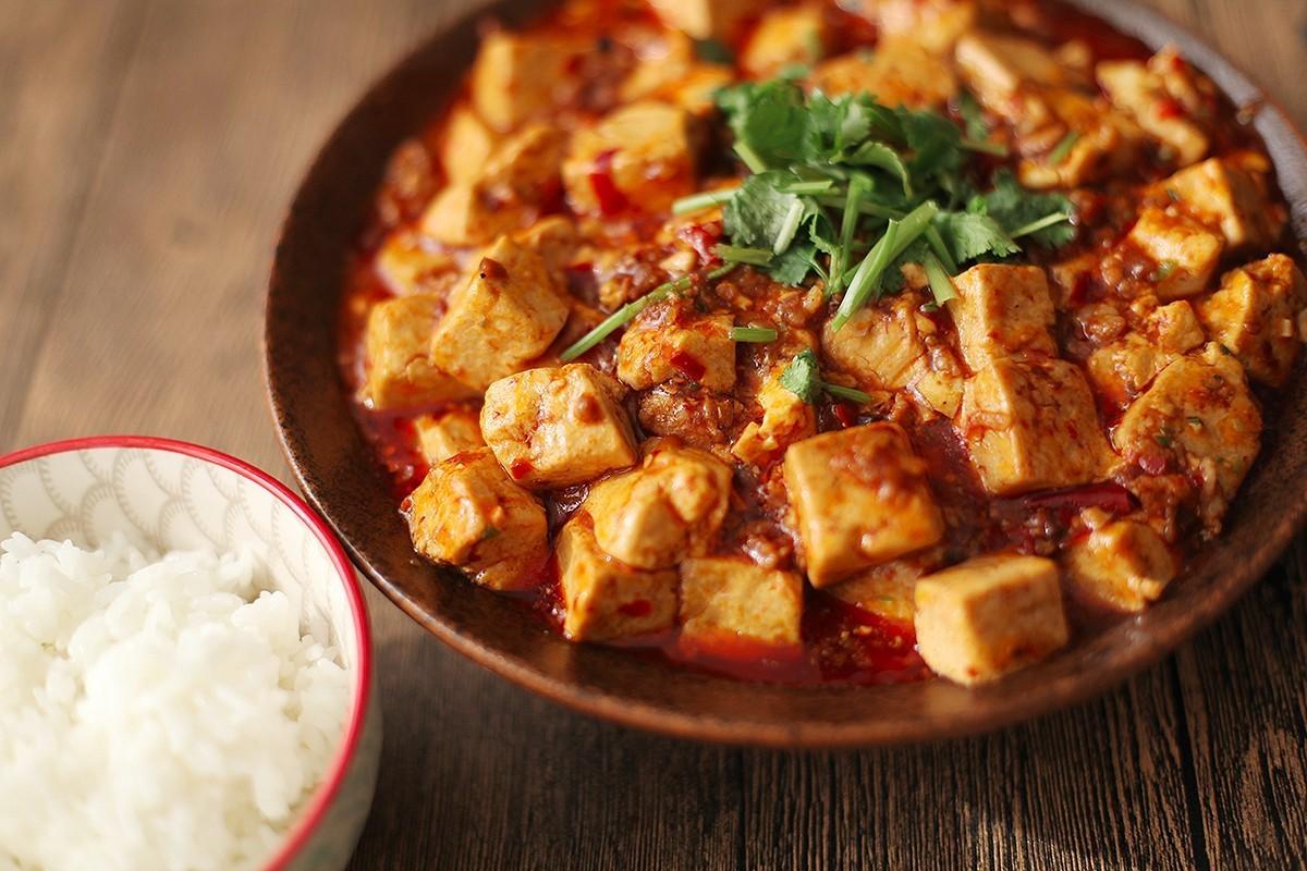 这盘麻婆豆腐,香辣过瘾超下饭