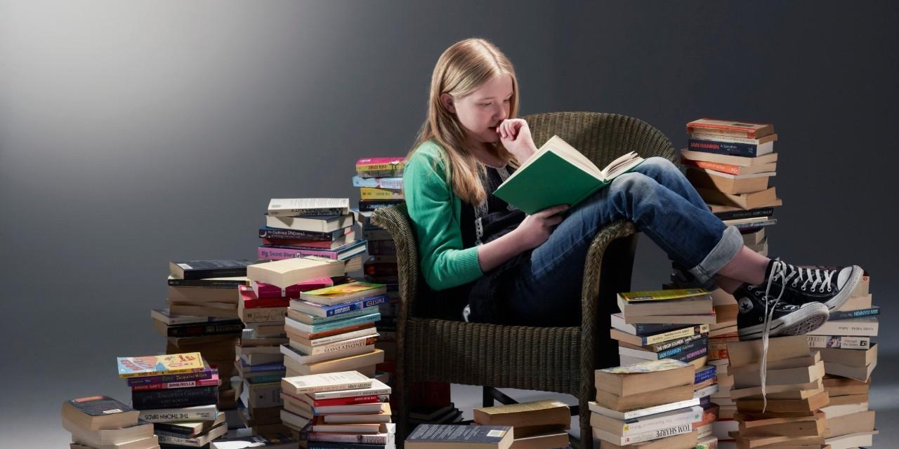 在大学里读了261本书后,我来向你推荐10位中国作家