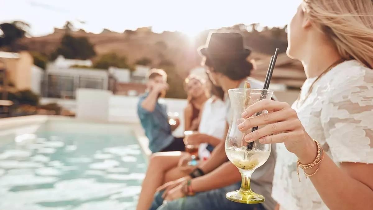 参加陌生的聚会有什么技巧吗?