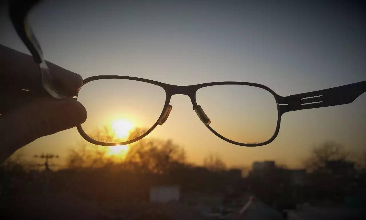 开学季 | 紫外线能防控近视?待议!
