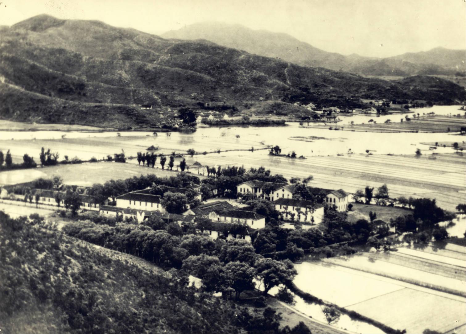 100年前,一所穷乡僻野的私立中学,竟秒杀今天所有名校