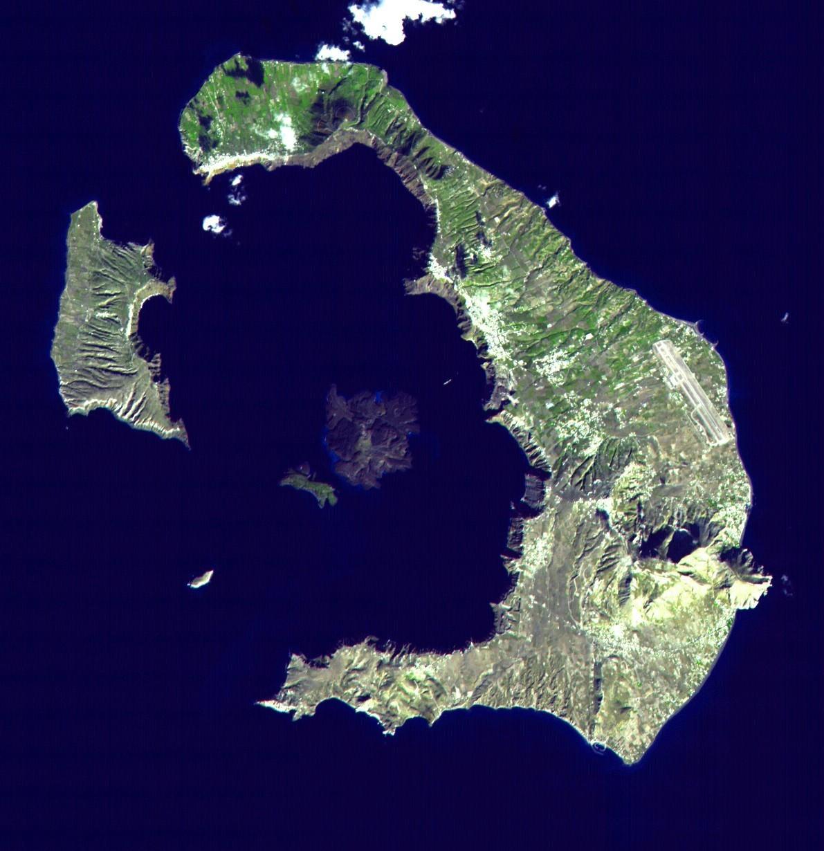 世界上十大最灼人的火山探险,岩浆是人类的好朋友