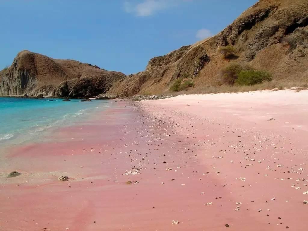 这些世界上最美的沙滩,竟然比彩虹颜色还要丰富