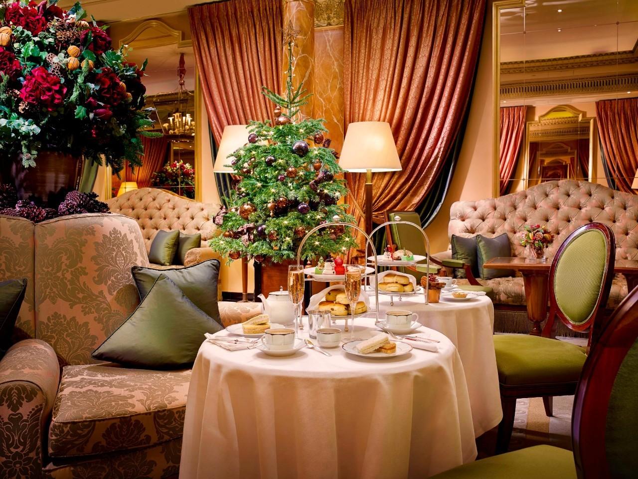 从纽约到伦敦,11间顶级奢华酒店,遇见最美的圣诞装扮【赞那度旅行】