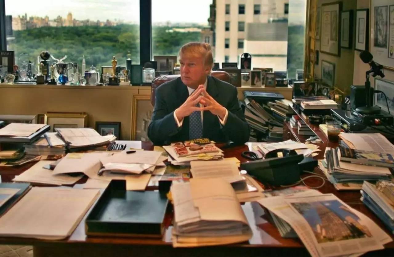 44个总统住了200多年的地方,他来一个月就得了幽居症。唐总不是有病就是太屌
