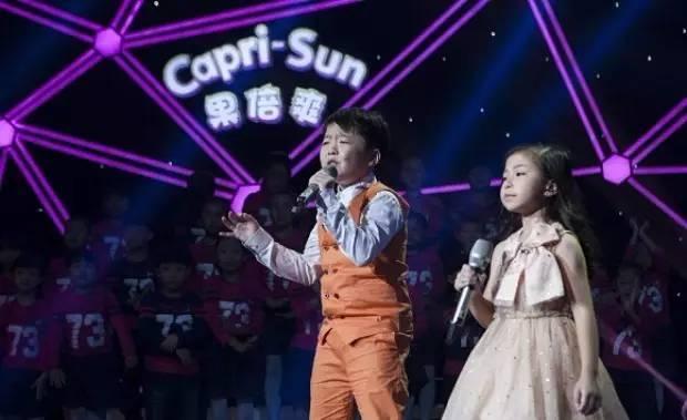 两个中国小孩翻唱的这首《You Raise Me Up》,竟然在外媒获得千万点击量