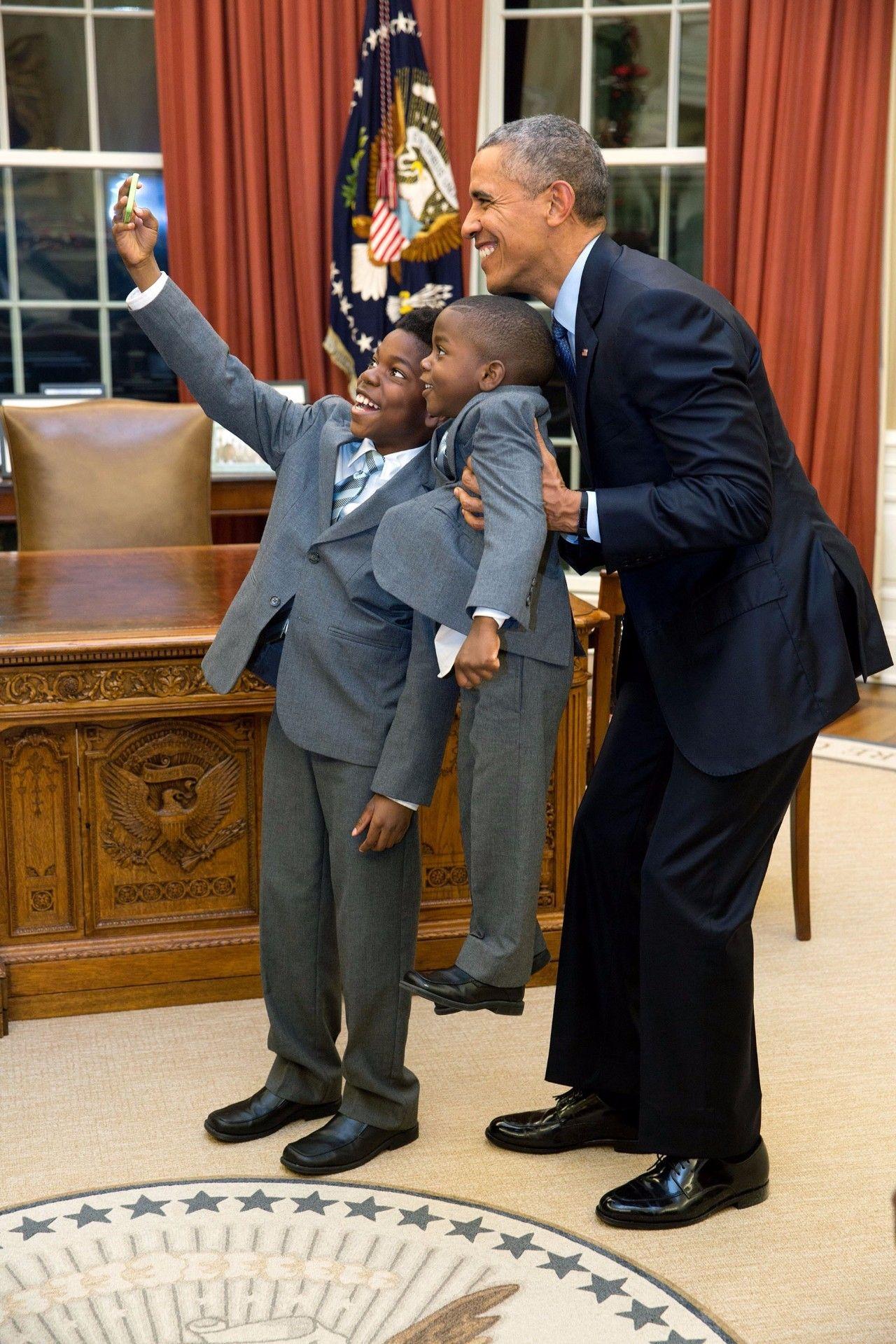 220万张照片挑出55个瞬间,白宫首席摄影师记录奥巴马8年总统生涯【赞那度分享】