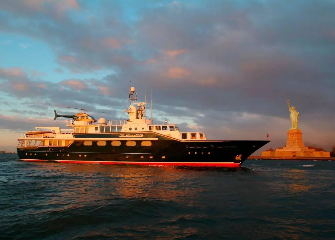 从福布斯私岛到世间最贵度假村|盖茨在此蜜月,连潜艇都有