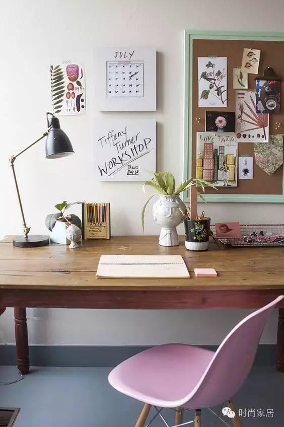 在这样的书桌前,我能宅一整个周末