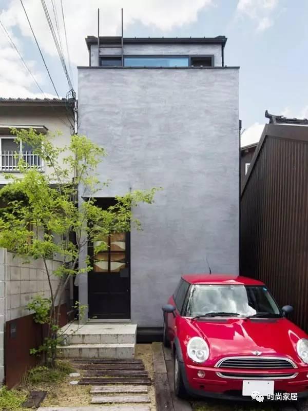 这个家很窄很长很旧,翻新后却成为大隐隐于市的美好存在
