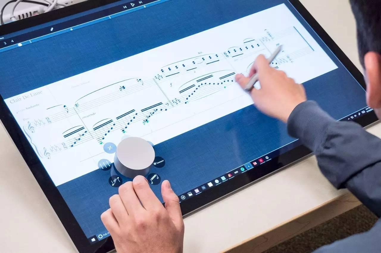 昨晚,微软发布了一款设计师神器!行业一片哭声!