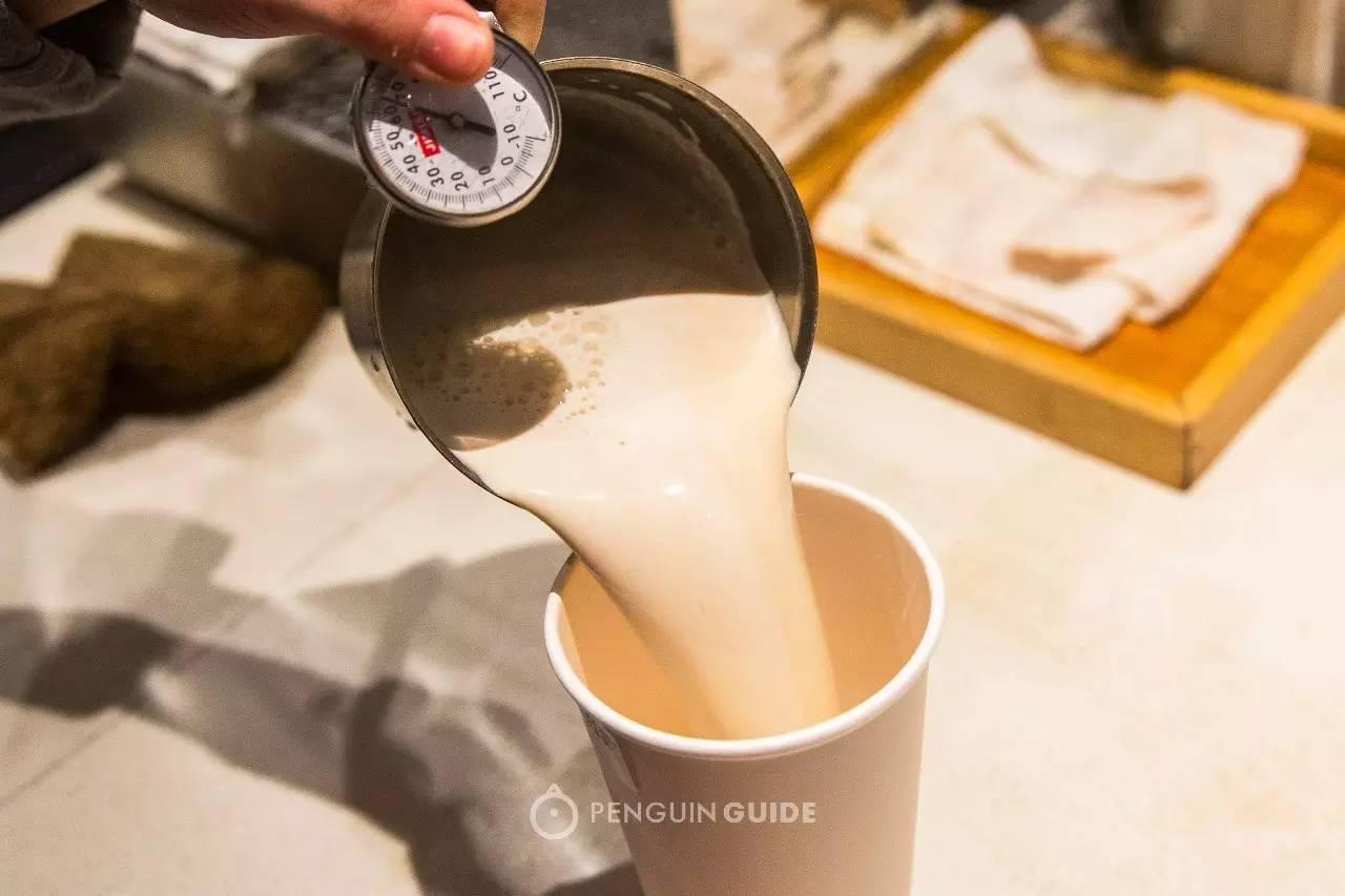 连锁奶茶大测评!你猜一点点上榜了吗?