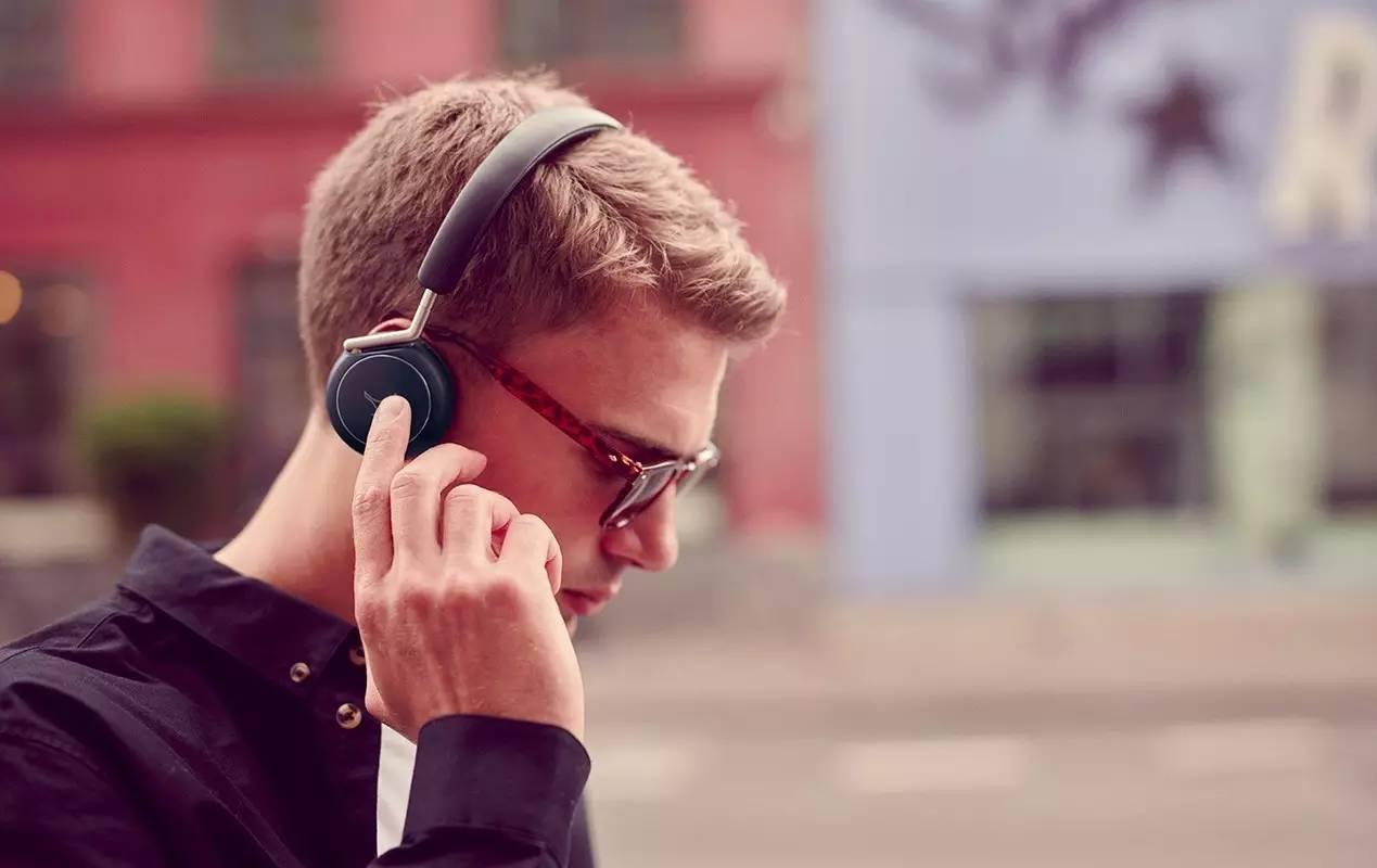 这些音质好、颜值高的耳机和音响,让新的一年耳目一新