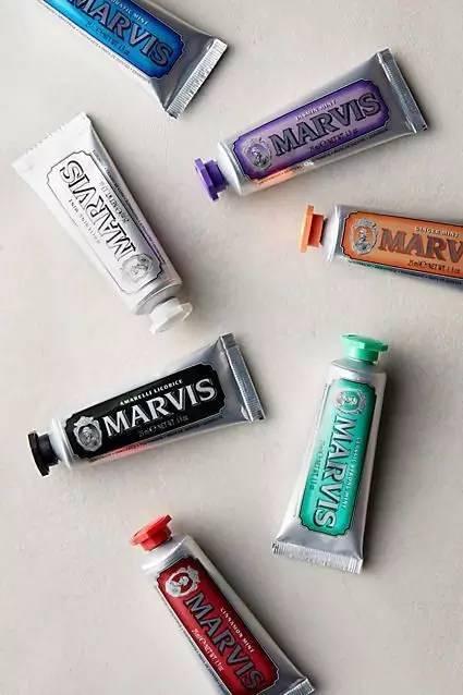 无需洗牙,用它们就能亮白洁净
