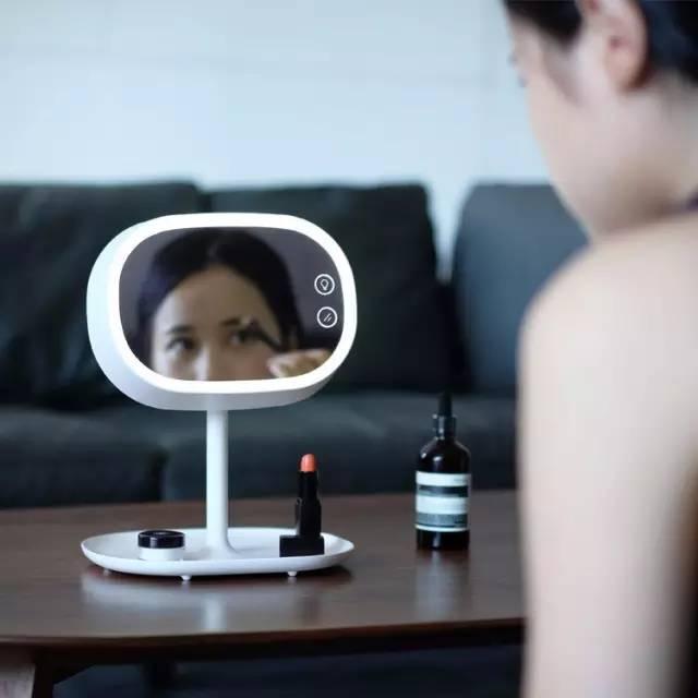 你用的可能是个假镜子