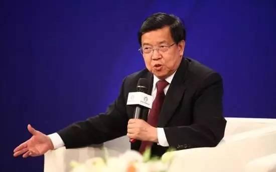 中国入世首席代表龙永图:从我送外孙女去美国谈谈中国的教育