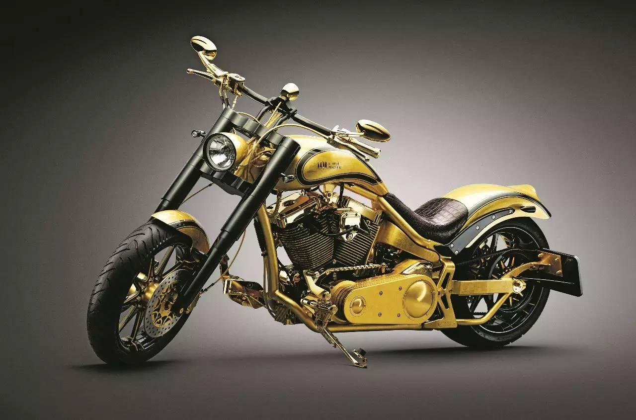 竞速控   出类拔萃的超级摩托,打破常规的无限可能