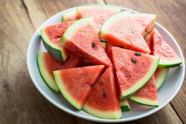 怀念有西瓜的夏天,更怀念陪我吃瓜的你