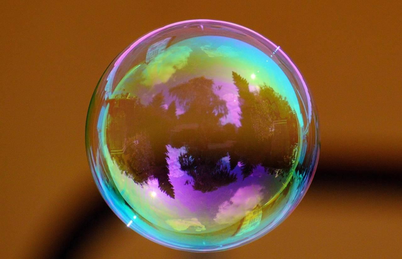 是否房地产泡沫?有无债务危机?何时结构改革?| BetterRead
