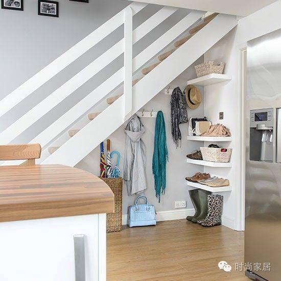 收纳、做饭、养宠物......楼梯间能实现的功能超乎想象