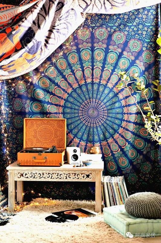 墙上挂画见太多,挂条毯子怎么样