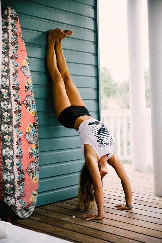 练了瑜伽我气质好了、腿不疼了、腰不酸了,要不你也试试?